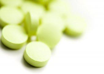 Les sages-femmes pourront prescrire davantage de médicaments
